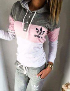 chandal-Adidas-gris-y-rosa
