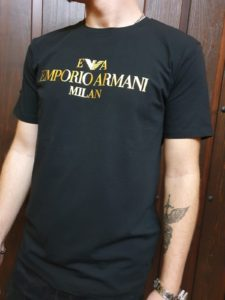 Caseta Emporio Armani, Milán